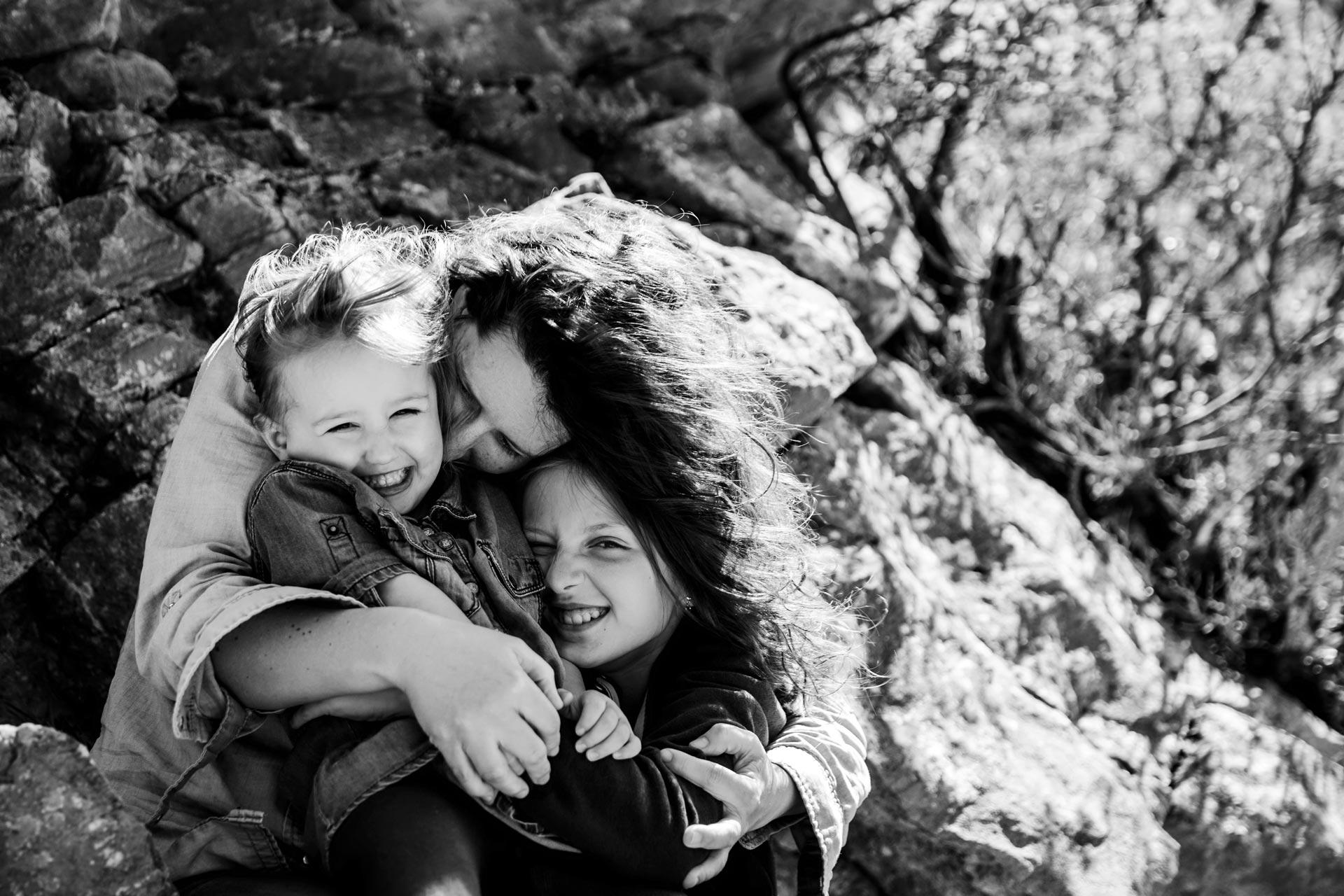séance photo famille noir et blanc laurine walger