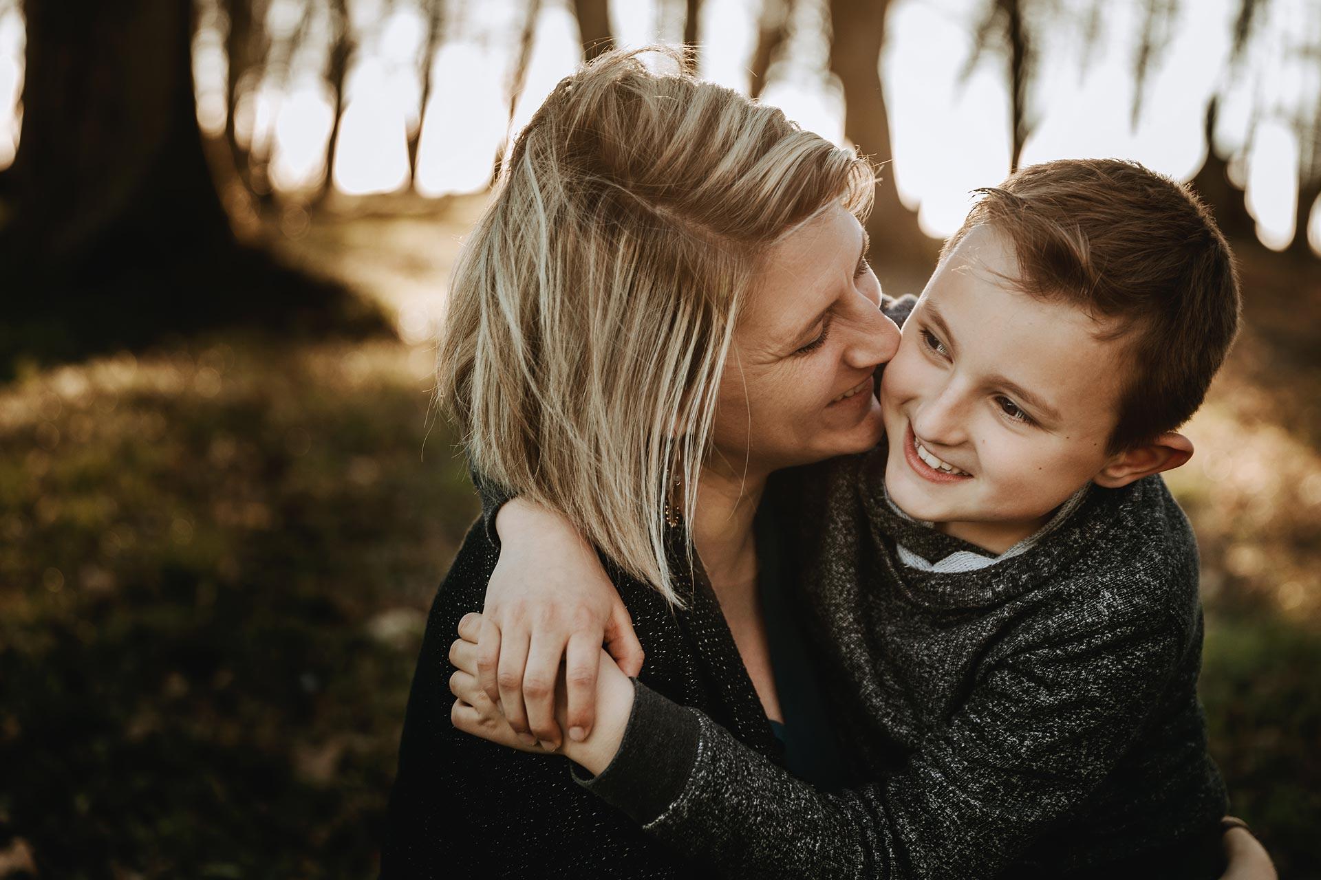 séance photo famille mère et fils mâcon laurine walger