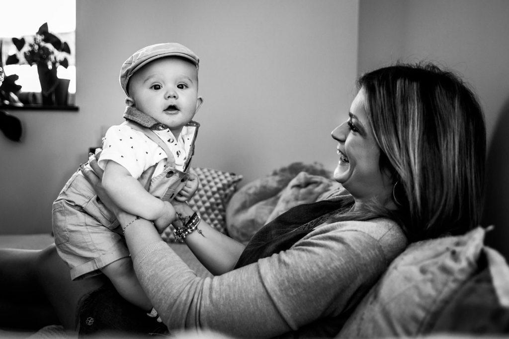 photographe bébé à domicile saint-trivier-sur-moignans